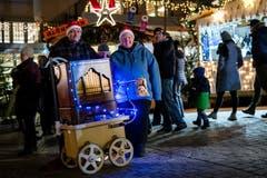 Strahlende Gesichter am Weihnachtsmarkt Einsiedeln. (Bild: Philipp Schmidli (8. Dezember 2018))