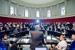 Alt Bundesrat Samuel Schmid war prominenter Gast. (Bild: Pius Amrein / Neue LZ)