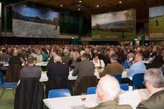 760 stimmberechtigte Jägerinnen und Jäger nahmen am Fäälimärt an der Generalversammlung von Revierjagd Luzern teil. (Bild: Ramona Meyer-Stöckli)