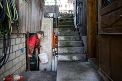 Merz bringt die Röteln in die Fischerhütte. (Bild: Alexandra Wey/Keystone (Ägeri, 22. November 2017))