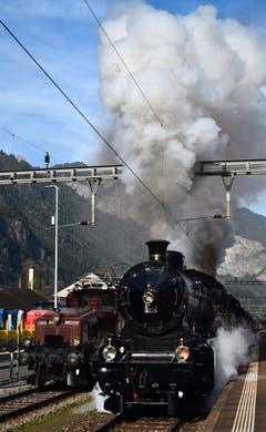 Dampflok c 5/6 2stk. fahren über den Gotthard nach Belinzona. (Bild: Cornel Hodel)