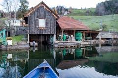 Die Fischerhütte der Fischerei Eierhals in Oberägeri. (Bild: Alexandra Wey/Keystone (Ägeri, 22. November 2017))