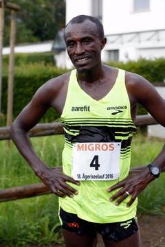 Der Äthiopier Chengere Tolossa gewann den Lauf. (Bild: Werner Schelbert (Neue ZZ))