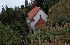 Die Felsenkapelle befindet sich zwischen den Nagelfluehfelsen auf Rigi Kaltbad. (Bild: Nadia Schärli (Neue LZ))