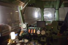 Nun ist der längste Eisenbahntunnel der Welt durchgehend auf seiner ganzen Länge von 57 Kilometern mit Diesellokomotiven befahrbar. (31.10.2014). (Bild: Keystone)