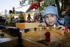 1. August-Feier auf dem Gemeindeplatz in Baar. Im Bild Bianca Baumann beim Spielen. (Bild: Werner Schelbert / Neue ZZ)
