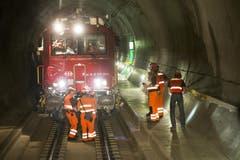 Ein Lösch- und Rettungszug der SBB im Tunnel. (Bild: Keystone)