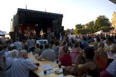 """""""Span"""" auf der Bühne an der 1. August-Feier in Zug am See. (Bild: Maria Schmid / Neue ZZ)"""