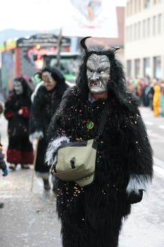Es geht auch noch gfürchiger: ein Teufel mit speziell schönem Eckzahn. (Bild: Roger Zbinden / Neue LZ)