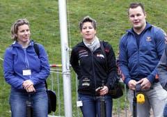 Die «Promi-Schützen» Nadja Hürlimann-Styger, Sonja Kälin,und Christian Schuler (v.l.). (Bild: Werner Schelbert / Neue ZZ)