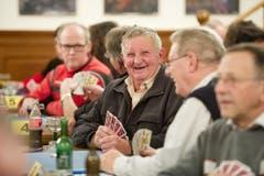 Im Bild links Josef Britschgi (lachend) und Kurt Imbach (Hemd, Brille). (Bild: Corinne Glanzmann)