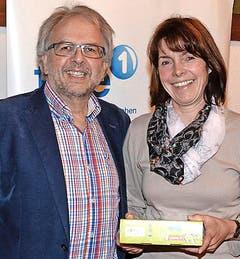 Tablet für Rita Fassbind von Hansjörg Kägi (Bild rechts). (Bild: Claudia Surek)