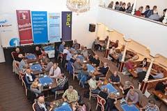 130 Frauen und Männer jassten im Galeriesaal des Hotel-Restaurants Hirschen in Sursee. (Bild: Claudia Surek)