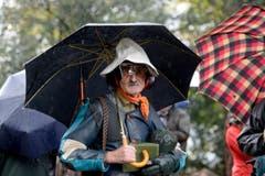 Nicht nur Wetter- sondern auch Ohrenschutz ist an diesem regnerischen Mittwoch eine gute Idee. (Bild: Keystone)