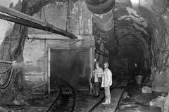 Eine Kuriosität war die Absicht, später im Bereich der Tunnelmitte eine Abzweigung in Richtung Tessin zu realisieren, das so genannte Bedretto-Fenster. Realisiert wurde es nicht. (Bild: Keystone / Str)