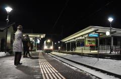 Einfahrt des InterRegio-Zuges von Interlaken Ost in die Station Sachseln. (Bild: Niklaus Rohrer)