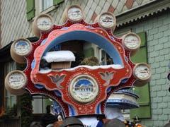 Was für eine grosse Liebe zum Detail ! Hoffentlich geht diese schöne Tradition vom Silvester-Klausen in Urnäsch noch lange nicht verloren. (Bild: Margrith Imhof-Röthlin)