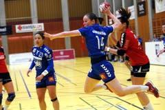 Am Ball: Stefanie Javet. (Bild: Werner Schelbert / Zuger Zeitung)