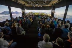 Die Videoshow zeigt den Bürgenstock in der Sonderausstellung des Kantons Luzern. (Bild: Philipp Schmidli)