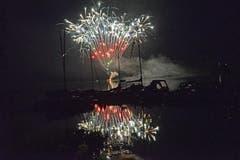 Feuerwerk am Seenachtsfest in Lungern. (Bild: Robert Hess / Neue OZ)