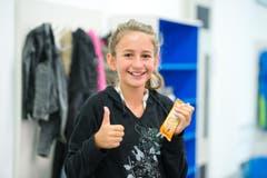 Tiziana Simonutti (11): «Ich freue mich schon auf die Oberstufe, aber der Maihof ist cool. Vor allem der Spielplatz, auf dem es immer wieder neue Spielsachen gibt.» (Bild: Dominik Wunderli (Neue LZ))