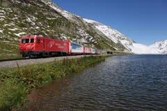Ohne den Glacier-Express (hier am Oberalpsee) ... (Bild: Leser André Niederberger)