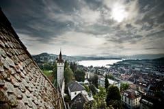 Blick vom Luegislandturm auf die Stadt Luzern. (Bild: Pius Amrein / Neue LZ)