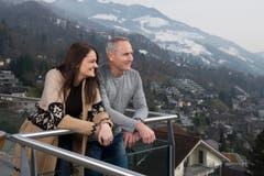 Anita und Matthijs Ouwerkerk in Walchwil. (Bild: Maria Schmid/Neue ZZ)