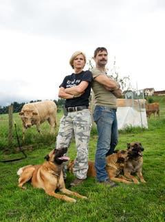 Balz Koller ist Landwirt und Hundekursleiter. Er und Angelina Schaffner bieten spezielle Kurse für Hofhunde in Sempach an. (Bild: Corinne Glanzmann / Neue LZ)
