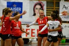 Mit neuem Mut starteten die Frauen in das Spiel gegen den FC Luzern II. (Bild: Maria Schmid)