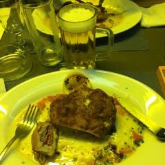 Impressionen vom GordonBlööö im Restaurant Doorzögli (Café La Suisse) in Luzern. (Bild: Jérôme Martinu / Neue LZ)