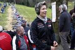 Unter den «Promi-Schützen» auch Sonja Kälin, die Schwingerkönigin. (Bild: Werner Schelbert / Neue ZZ)