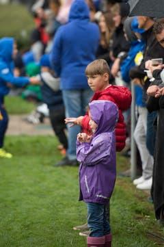 Junge Fussballfans. (Bild: Maria Schmid)