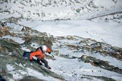 Angesichts der Zeit wohl ein leichtes Understatement – «normale» Bergsteiger brauchen acht bis zehn Stunden für die Route durch die Nordwand. (Bild: Christian Gisi)