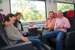 Lustige Fahrt in den Süden: Abopassgruppe mit Waltraud und Hermann Linder (vorne) aus Alpnach Dorf und Gaby und Theo Boog aus Horw. (Bild: Antonio Russo)
