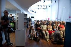 Zuschauer bei einer musikalischen Probe. (Bild: Corinne Glanzmann)