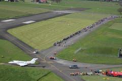 Zahlreiche Schaulustige lassen sich das Spektakel nicht entgehen. (Bild: Pilatus Aircraft Ltd)