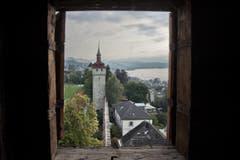 Der Luegisland-Turm der Museggmauer ist der einzige, nicht öffentlich zugängliche Turm der Museggmauer. Blick aus dem Luegislandturm auf den Wachtturm. (Bild: Pius Amrein / Neue LZ)