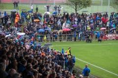 Trotz Regen kamen 4200 Zuschauer auf die Hertallmend. (Bild: Maria Schmid)