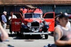 Ein altes Feuerwehrauto aus Baar. (Bild: Stefan Kaiser (Neue ZZ))