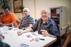 Auch Bingo wurde gespielt. Dies, um sich die Wartezeit zu vertreiben. (Bild: Roger Grütter / Neue LZ)
