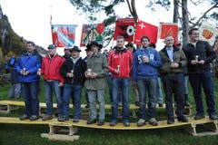 Die Bechergewinner der Sektion Schwyz. (Bild: Urs Hanhart / Neue UZ)