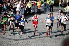 Der Staffelläufer-Nachwuchs beim Rennen. (Bild: Stefan Kaiser (Neue ZZ))