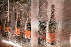 Champagner-Flaschen in einer Eisbar in Zermatt. (Bild: Keystone)