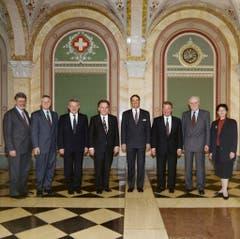 1993 (von links): François Couchepin, Kaspar Villiger, Arnold Koller, Otto Stich, Adolf Ogi, Jean-Pascal Delamuraz, Flavio Cotti und Ruth Dreifuss. (Bild: Bundeskanzlei / Karl-Heinz Hug)