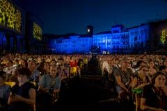 Spannung am Filmfestival in Locarno: 8000 Plätze gibt es auf der Piazza Grande. (Bild: Keystone)