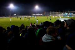 4400 Zuschauer kamen ins Stadion Seefeld in Buochs, damit war die Cup-Partie nicht ganz ausverkauft. (Bild: Keystone)