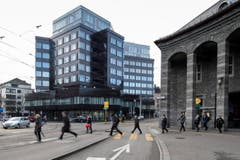 Aussenansicht des Fifa-Museums beim Bahnhof Enge. (Bild: Keystone / Ennio Leanza)