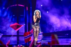 Rykka performt ihren Song «The Last Of Our Kind». (Bild: EPA/MAJA SUSLIN)