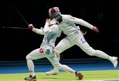 Der Schweizer Benjamin Steffen (links) gegen den Franzosen Yannick Borel. (Bild: EPA / Sergei Illnitsky)